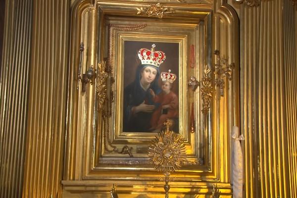 Zawierzenie Matce Bożej Łaskawej Kieleckiej osób konsekrowanych (video)